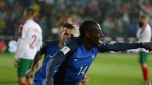 Blaise Matuidi a ouvert le score pour la France face à la Bulgarie. le 07.10.2017 法国国家足球队中场马图伊迪 2017年10月7日 于保加利亚