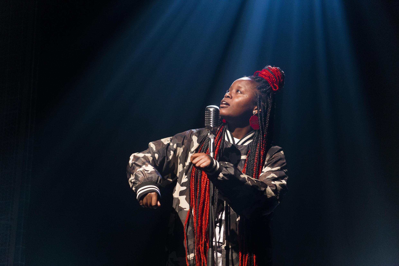 MC Martina é idealizadora do Slam Laje, a primeira batalha de poesia falada do Complexo do Alemão.