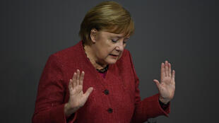 Daily death tolls of 590 are not acceptable, said Merkel