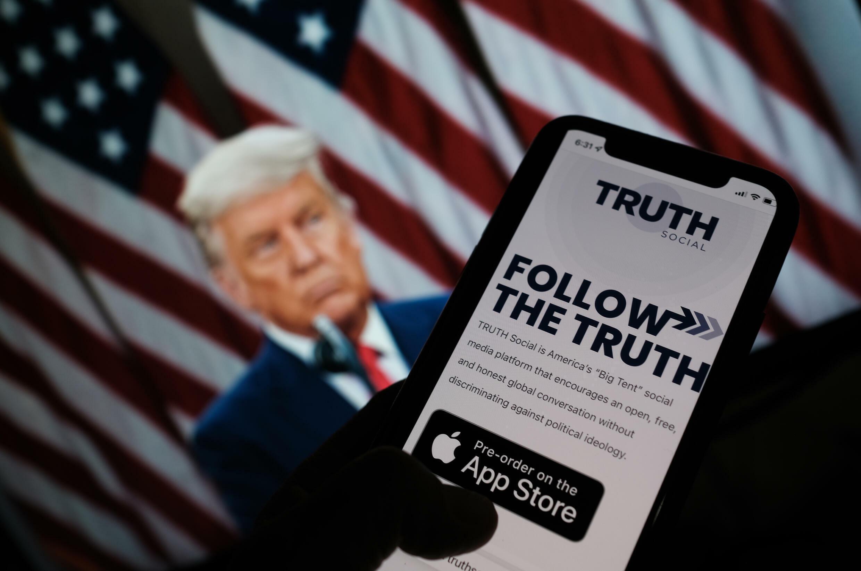 """Donald Trump da sabuwar manhajar sa ta """"Truth social"""""""