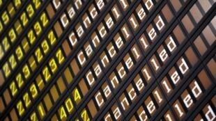 Companhias aéreas foram obrigadas a cancelar seus voos com destino a Europa.