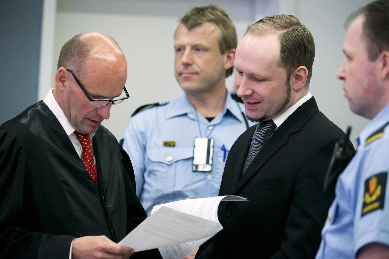 O assassino norueguês Anders Breivik durante seu julgamento no tribunal de Oslo, nesta quinta-feira.