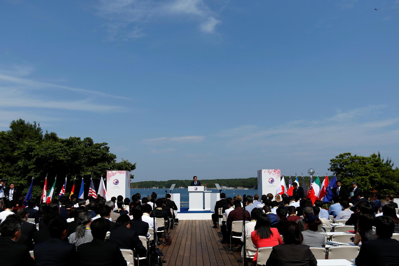 Thủ tướng Shinzo Abe tại một cuộc họp báo trong thời gian diễn ra thượng đỉnh G7 tại Ise-Shima, Nhật Bản, ngày 27/05/2016.