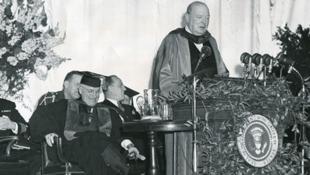 美國前總統杜魯門與英國前首相丘吉爾資料圖片