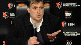 Gerardo Martino se expresa en una conferencia de prensa en Rosario, Argentina, el 23 de julio de 2013.