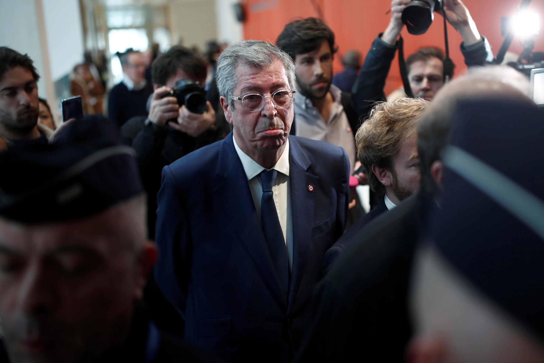 Le maire de Levallois-Perret, Patrick Balkany, à son arrivée au tribunal de Paris, au premier jour de son procès, le 13 mai 2019.