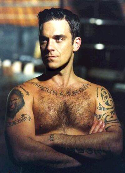 Nam ca sĩ Robbie Williams (DR)