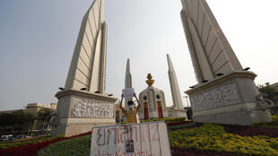thailand-bangkok-manifestation-pro-democratie-anti-lese-majeste