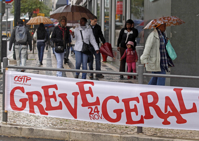 Grève générale annoncée en date du 24 novembre 2010, à Lisbonne, en réponse à la crise économique.