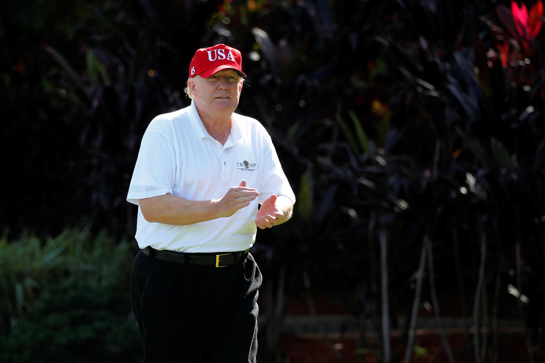 Tổng thống Mỹ Donald Trump trong kỳ nghỉ cuối năm tại Trump International Golf Club, Florida, ngày 29/12/2017.