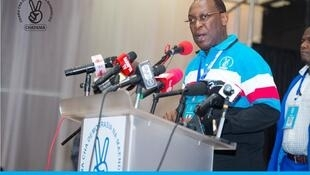 Kiongozi wa chama kikuu cha upinzai nchini Tanzania, CHADEMA, Freeman Mbowe, ameshambuliwa na watu wasiojulikana nyumbani kwake mjini Dodoma.