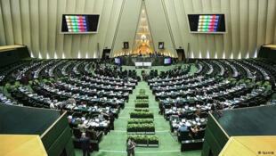iran-parliamnet