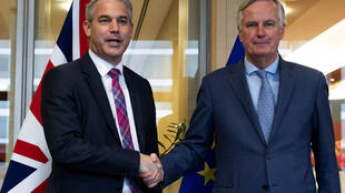 British minister for Brexit, Stephen Barclay (left) next to EU negotiator Michel Barnier, in Brussels, 11 October 2019.