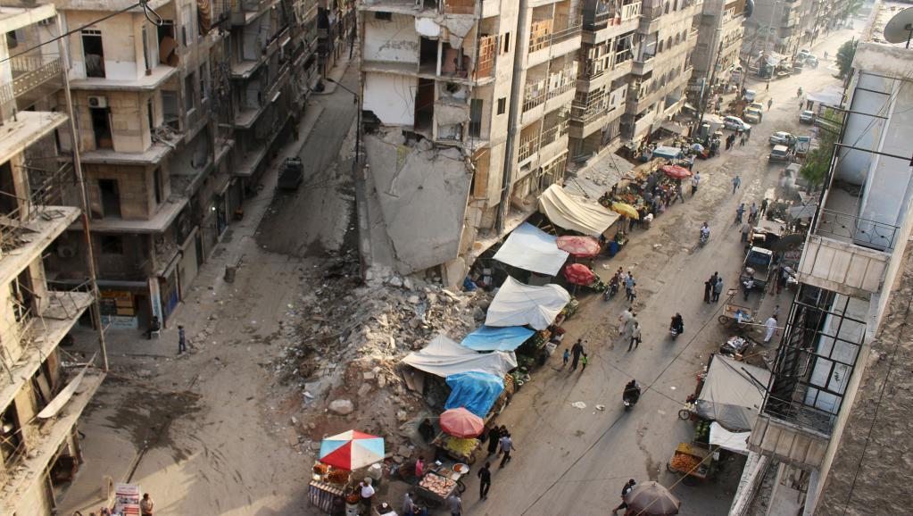 Waandishi wa habari watatu waliingia Syria Julai 10 wakipitia Uturuki na walielekea Aleppo ( kwenye picha).