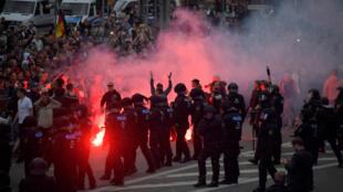 Những người ủng hộ phe cực hữu biểu tình tại Chemnitz, Đức, ngày 27/08/2018.