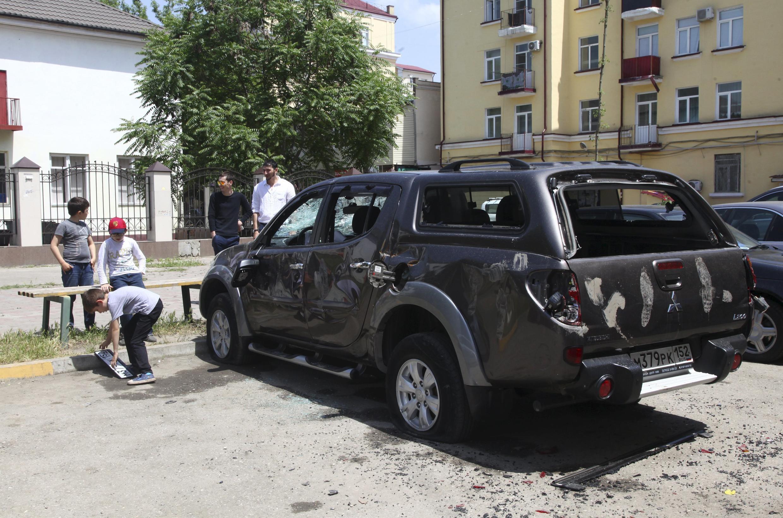 Le 3 juin 2015, les bureaux du Comité contre la torture ainsi qu'un véhicule, ont été saccagés, en plein jour, dans le centre de Grozny en Tchétchénie, durant deux heures et demi.
