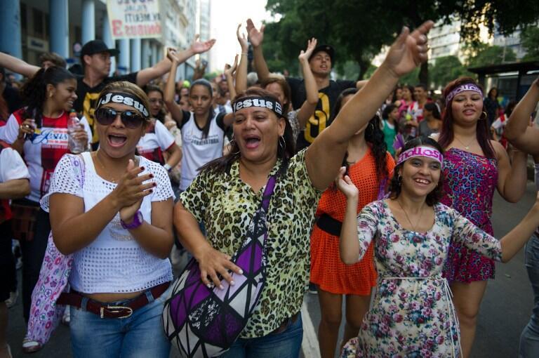 """""""Marcha por Jesus"""" reuniu milhares de fiéis evangélicos, no centro do Rio de Janeiro, em maio de 2013."""