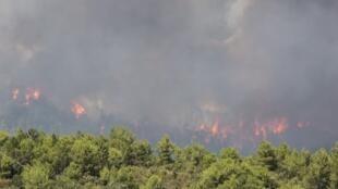 Après la France et le Portugal, l'Espagne aussi est violemment touchée par les incendies.