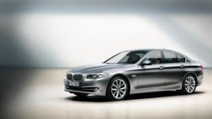 Modelo da série 5 da BMW.