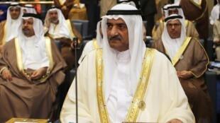 Mohammed Al Sharqi តំណាងប្រទេសអេមីរ៉ាតអារ៉ាប់រួម ក្នុងជំនួបកំពូលអារ៉ាប់លើកទី២៥ នៅកូវ៉ែត