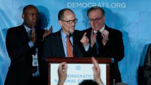 Tom Perez a été élu à la tête du parti démocrate, à Atlanta, le 25 février 2017.