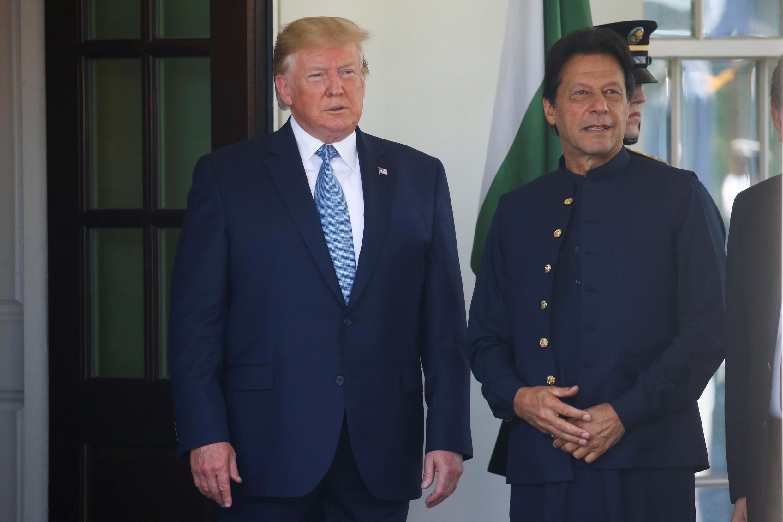 عمران خان نخست وزیر پاکستان در کنار رئیس جمهوری آمریکا دونالد ترامپ در کاخ سفید