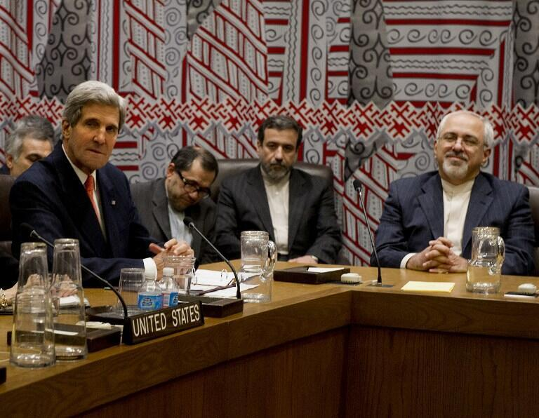O secretário de Estado americano John Kerry e seu homólogio iraniano Mohammad Javad Zarif