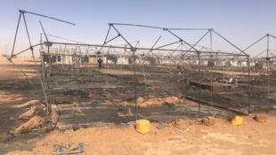Fil twitter du HCR: photo datée du 4 janvier 2020 documentant l'incendie du camp de réfugiés du HCR près d'Agadez.