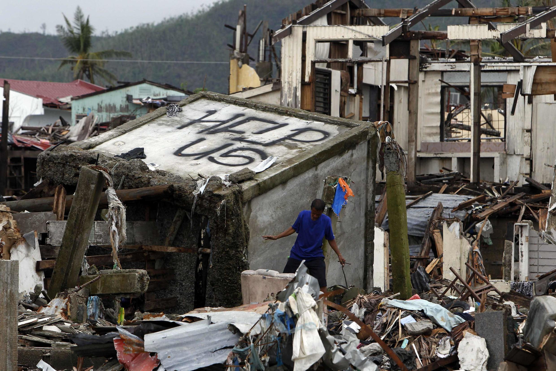 Tacloban, après le typhon Haiyan, le 22 décembre 2013.