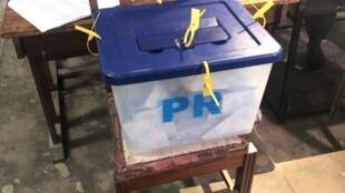 Urna com os votos da eleição presidencial.