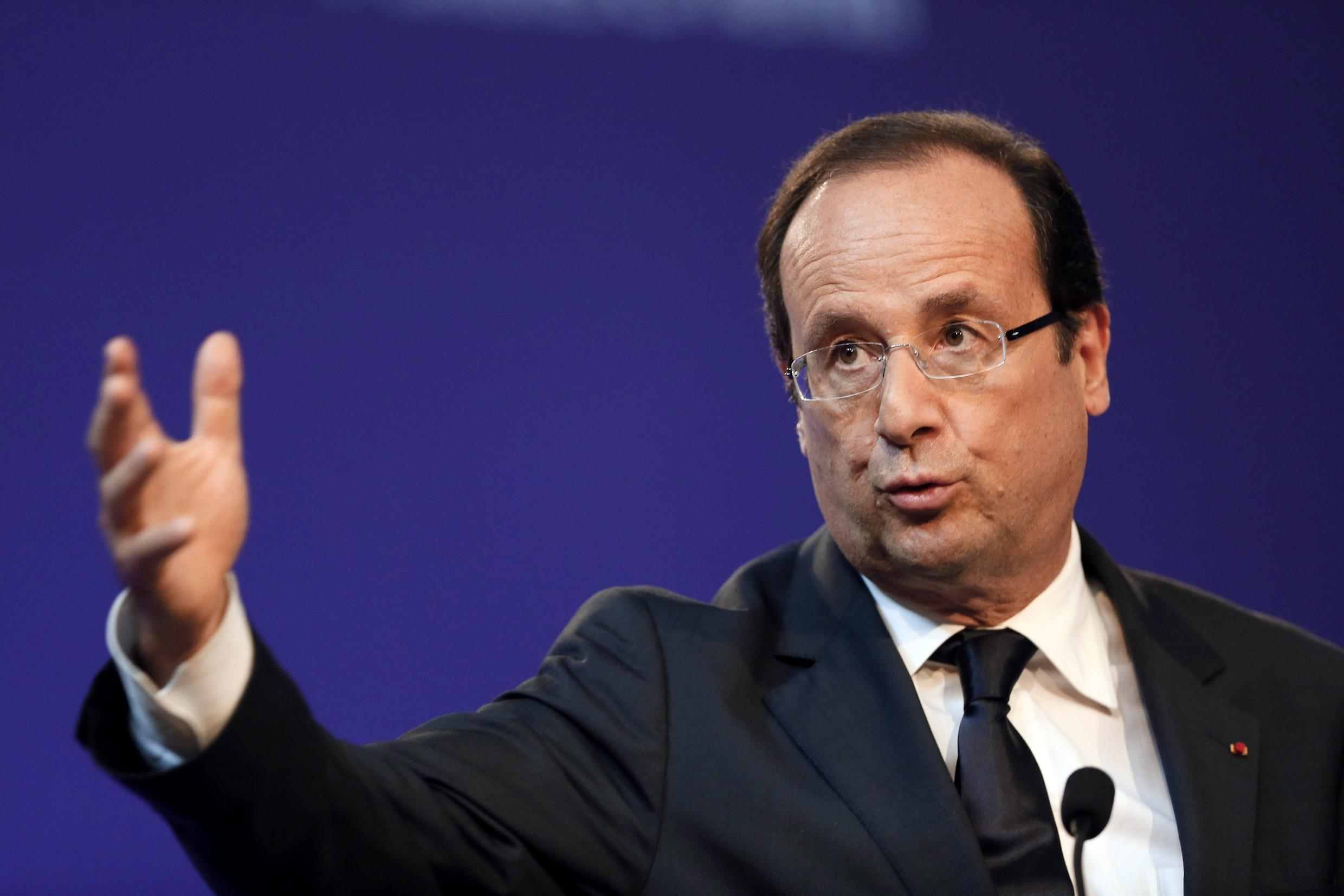 François Hollande opens the conference on social policy Monday