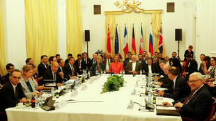 L'Allemagne, la Chine, la France, la Grande-Bretagne et la Russie, signataires de l'accord sur le nucléaire iranien de 2015, se sont réunis à Vienne en présence du chef de la diplomatie iranienne Javad Zarif, le 6 juillet 2018.