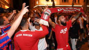 Los hinchas alemanes celebraron la victoria del Bayern Múnich.