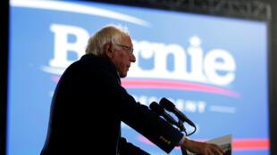 """Bernie Sanders defendeu uma """"revolução política"""" nos Estados Unidos durante sua campanha às primárias do Partido Democrata."""
