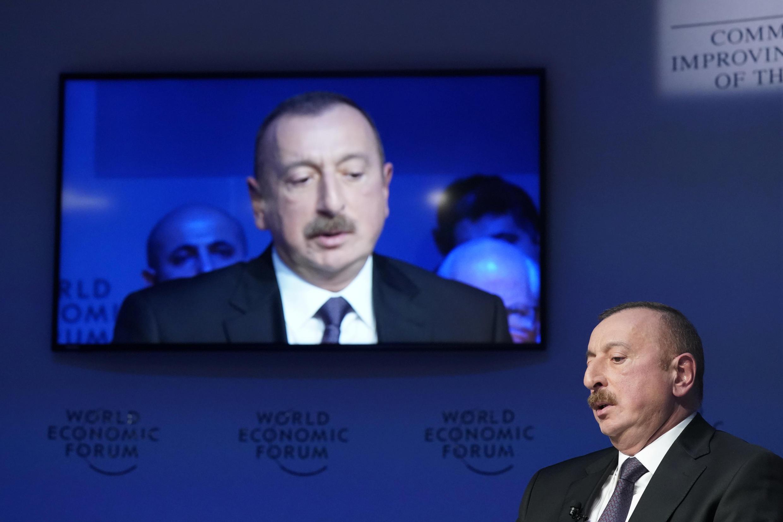 Распоряжение о частичной мобилизации подписал президент Азербайджана Ильхам Алиев. Фото сделано на Международном экономическом форуме в 2019 году.