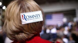 Partidários de Mitt Romney durante comício do partido Republicano