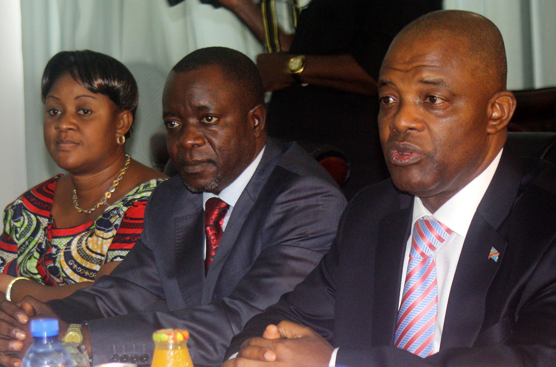 A droite, le ministre d'Etat Evariste Boshab, le 3 janvier 2012 à Kinshasa. Il était alors président de l'Assemblée nationale.