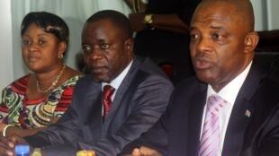 L'ancien ministre et président de l'Assemblée nationale Evariste Boshab (d.), le 3 janvier 2012 à Kinshasa.