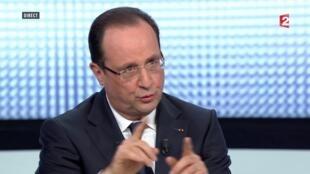 Hollande explains his tool box on TV Thursday
