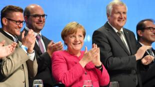 Thủ tướng Đức Angela Merkel trong buổi mít tinh cuối cùng trong chiến vận động tranh cử của đảng CDU tại Munich, ngày 22/09/2017.