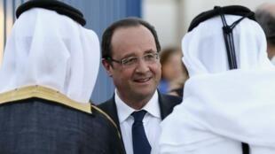 François Hollande zirani Doha, Qatar, Juni mwaka 2013.