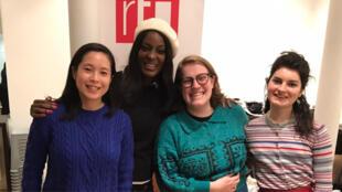Anya, Coach de vie certifiée, présidente de l'association Les résilientes ; Pia, membre de l'association  ; Daphné, membre de l'association.