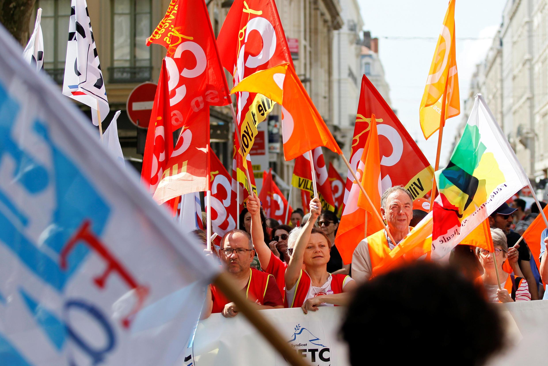 Начиная с прошлой осени, это уже третий по счету общенациональный день протеста французских госслужащих.