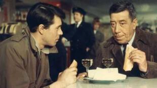 """Escena de la película """"La vía láctea"""" (1969) de Luis Buñuel con Fernandel (der.) y Laurent Terzieff (izq.)"""