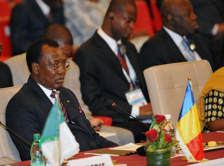 Mahamat Nour Abdelkerim a été, brièvement, en 2007, le ministre de la Défense d'Idriss Déby (photo).