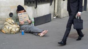 Pobreza aumentou na França nos últimos dez anos.