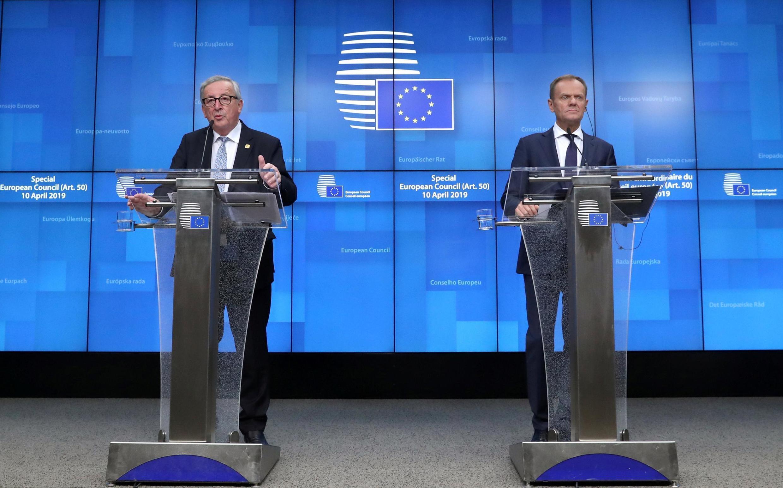 ប្រធានគណៈកម្មការអឺរ៉ុបលោក Jean-Claude Juncker និងប្រធានក្រុមប្រឹក្សាអឺរ៉ុបលោកDonald Tusk