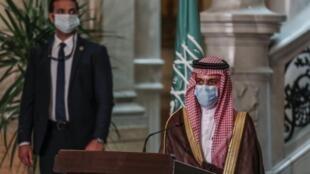 Le ministre saoudien des Affaires étrangères Faysal ben Farhan al- Saoud au Caire, le 27 juillet 2020.