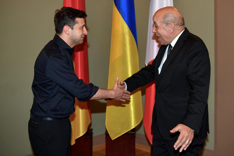 Президент Украины Владимир Зеленский и глава МИД Франции Жан-Ив Ле Дриан в Киеве 30 мая 2019