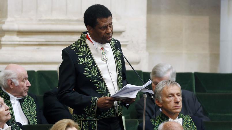 دانی لافریر، در مراسم پذیرش در آکادمی فرانسه